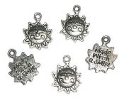 hänge-berlock-sol-made with a smile-text-silver.jpg