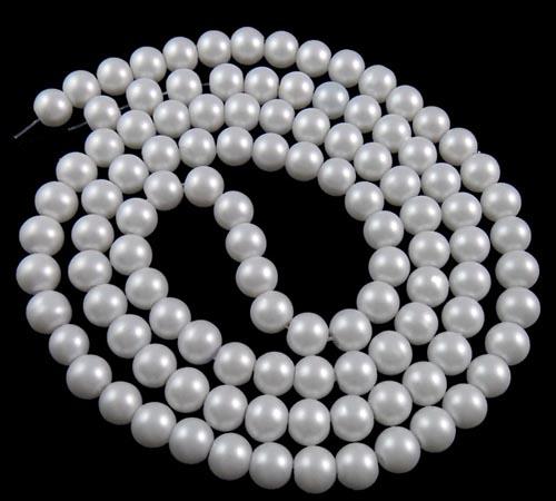 svarta matta pärlor